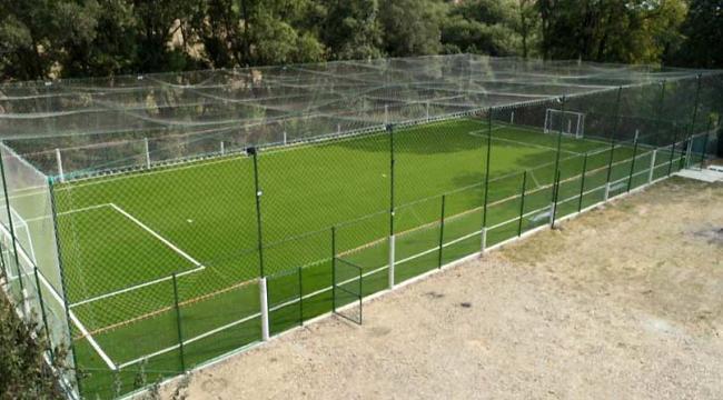 Baze sportive complet echipate cu teren sintetic import Olanda