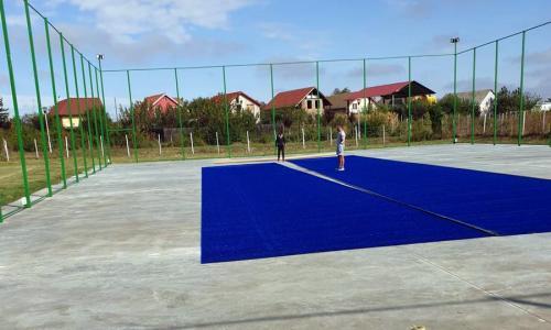 Teren tenis de camp, albastru, Timis